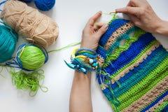 Tessuto tricottato di lana crochet Priorità bassa bianca Vista dall'Abo Fotografia Stock