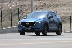 Test-drive of second generation restyled Mazda CX-5 crossover SUV Stock Images