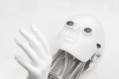 Testa del robot di umanoide con il primo piano della mano Immagini Stock