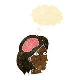 testa della femmina del fumetto con il simbolo del cervello con la bolla di pensiero Fotografia Stock