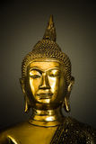 Testa della statua dorata di Buddha Immagine Stock Libera da Diritti