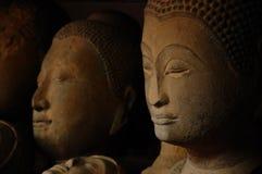 Testa di Buddha dell'arenaria in Tailandia Fotografia Stock Libera da Diritti