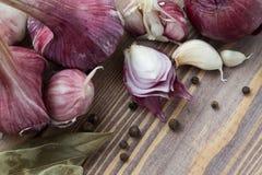 testa di rosso di aglio, della cipolla e delle spezie Fotografia Stock