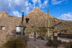 Testa di traccia & Offiice del parco di punta del culmine a Scottsdale AZ fotografie stock libere da diritti