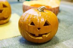 Testa di una zucca sorridente per Halloween Fotografie Stock