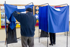 Testa greca degli elettori allo scrutinio per l'elezione generale 2015 Fotografie Stock