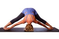 Testa sulla posa di inversione di yoga del pavimento Fotografia Stock