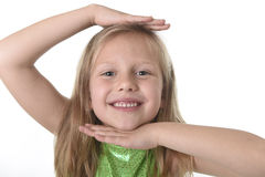 Testa sveglia di rappresentazione della bambina nelle parti del corpo che imparano il serie del grafico della scuola Immagini Stock