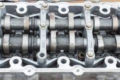 Testata di cilindro e asse curva, motore tagliato Fotografia Stock Libera da Diritti