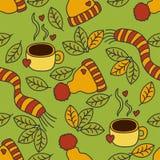 Teste padrão acolhedor do outono, café, roupa morna e folhas Imagem de Stock