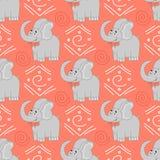 Teste padrão africano dos animais Teste padrão sem emenda com elefante e elemento africano do projeto em um fundo Imagem de Stock Royalty Free