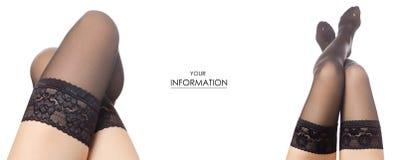 Teste padrão ajustado da loja fêmea da venda da compra da beleza da forma das meias de nylon do preto dos pés fotos de stock royalty free