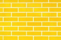 Teste padrão amarelo dos tijolos da porcelana para o fundo foto de stock royalty free