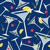 Teste padrão azul dos Martinis Foto de Stock Royalty Free