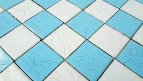 Teste padrão azul e branco cerâmico foto de stock