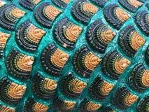 Teste padrão bonito no corpo dos nagas no templo Tailândia, Fotos de Stock Royalty Free