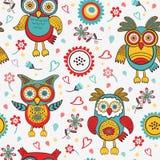 Teste padrão colorido bonito com corujas e flores Imagem de Stock Royalty Free