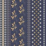 Teste padrão com as listras verticais ornamentado Imagem de Stock Royalty Free