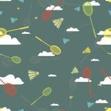 Teste padrão com nuvens e badminton Imagem de Stock Royalty Free