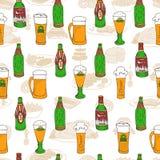 Teste padrão da garatuja do festival da cerveja Foto de Stock Royalty Free