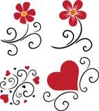 Teste padrão das flores e dos corações Foto de Stock Royalty Free