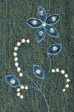 Teste padrão de flor bordado Imagem de Stock