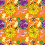 Teste padrão de repetição floral malva e amarelo bonito sobre o fundo alaranjado brilhante Foto de Stock Royalty Free