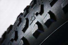 Teste padrão detalhado do pneu de borracha da bicicleta Imagens de Stock