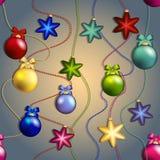 Teste padrão do ano novo com os brinquedos da árvore de Natal Bola e estrela Perla a festão Imagens de Stock Royalty Free