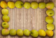 Teste padrão do close up no estilo oriental no descanso de ziguezagues coloridos da linha para o fundo Fotografia de Stock