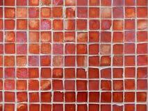 Teste padrão do fundo de telhas de vidro vermelhas Imagens de Stock Royalty Free