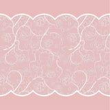 Teste padrão do laço com as rosas no fundo cor-de-rosa Imagem de Stock