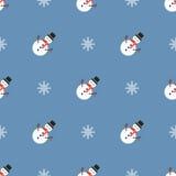 Teste padrão do Natal com bonecos de neve e flocos de neve Fotografia de Stock Royalty Free