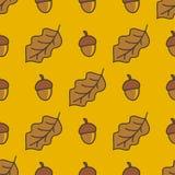 Teste padrão do outono com porcas e folhas Imagens de Stock Royalty Free