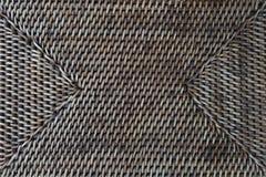 Teste padrão do rattan do marrom escuro Foto de Stock Royalty Free
