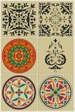 Teste padrão do russo, incluidos tradicionais em um círculo e em uma vinheta preta Fotografia de Stock Royalty Free