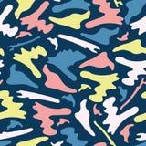 Teste padrão do vetor de Memphis Style Camouflage Shapes Seamless, tirado ilustração stock