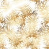 Teste padrão dourado sem emenda do vetor com folhas de palmeira tropicais ilustração stock