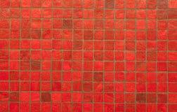 Teste padrão e fundo vermelhos da parede da telha do mosiac Imagens de Stock