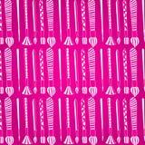 Teste padrão Escovas de pintura Grupo de escovas do branco em um fundo cor-de-rosa Foto de Stock