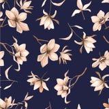 Teste padrão floral sem emenda com magnólias em um fundo escuro-azul, aquarela Imagem de Stock Royalty Free