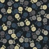 Teste padrão infinito com as rosas coloridas no fundo preto Fotografia de Stock