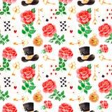 Teste padrão mágico com rosas bonitas, cartões de jogo, chapéu, o pulso de disparo velho e chaves douradas Imagem de Stock