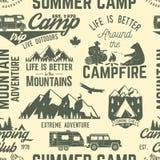 Teste padrão ou fundo sem emenda do acampamento de verão ilustração stock