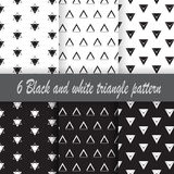 Teste padrão preto e branco do triângulo 6 Imagens de Stock