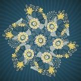 Teste padrão redondo do laço com flores e folhas Imagem de Stock Royalty Free