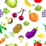Teste padrão retro dos frutos do jogo do pixel do vetor sem emenda Fotos de Stock Royalty Free