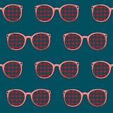 Teste padrão sem emenda Óculos de sol cor-de-rosa Foto de Stock