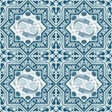 Teste padrão sem emenda azul árabe com peixes e lótus Imagens de Stock Royalty Free