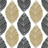 Teste padrão sem emenda boêmio com preto e as folhas étnicas do ouro Amostra de folha de matéria têxtil do vetor ou projeto de em Foto de Stock